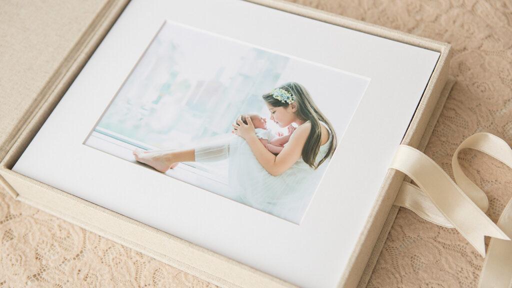 mounted-prints-reveal-box-2
