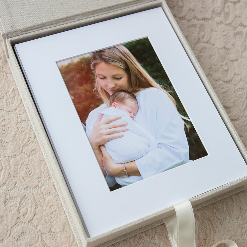 mounted-prints-reveal-box-5